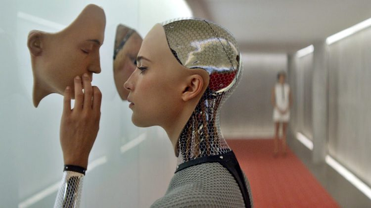 ex machina، إليشيا فيكاندر، أليكس جارﻻند